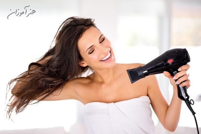سشوار برای جلوگیری از وز شدن مو